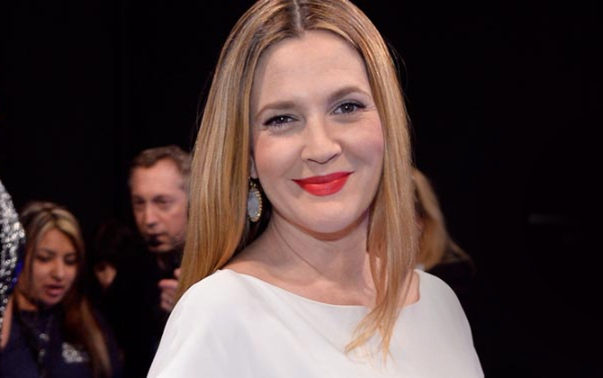 Drew Barrymore style and hair 2014