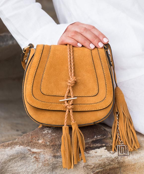 Up To 80% off NIKKI WILLIAMS Handbags