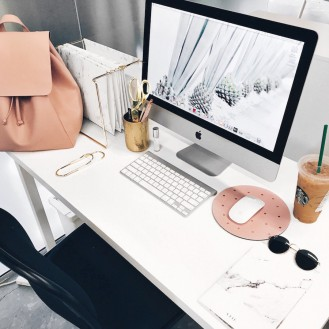 A Girl's Home Office: The Ultimate Glam Guide
