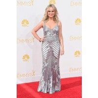 Amy Poehler in Theia.