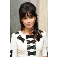 Daisy Lowe http://www.glamourmagazine.co.uk/dos-and-donts/hairstyle-pictures-today/2010/10/21/daisy-lowe-at-primark-launch