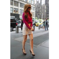 Isla Fisher showing off her spring legs in a mini at a Good Morning America appearance recently. http://www.stylebistro.com/lookbook/Dresses+Skirts/xlZTgq7swcT/angle/5oCiBab87vw