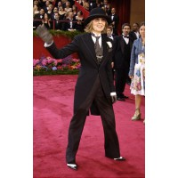 Diane Keaton at the 2003 Academy Awards. http://www.nydailynews.com/entertainment/tv-movies/oscar-fashion-hall-shame-gallery-1.33123
