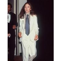 Diane Keaton in her signature 1970s tomboy look. http://jordansvintagekitchen.blogspot.com.au/2013/01/style-maven-diane-keaton.html
