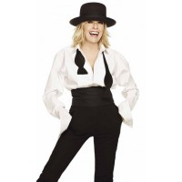 Diane has always favoured man style suiting. Image source: http://www.thewomensroomblog.com/2009/10/31/style-icon-diane-keaton/