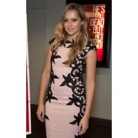 In Talbot Runhof at a recent screening of Warm Bodies in Hollywood. http://www.becauseiamfabulous.com/2013/02/teresa-palmer-wearing-talbot-runhof-warm-bodies-australian-screening.html