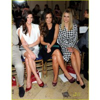 Front row at a fashion show with (from left): Ashley Green and Minka Kelly. http://cdn03.cdn.justjared.com/wp-content/uploads/2011/06/palmer-ferragamo/teresa-palmer-ferragamo-05.jpg