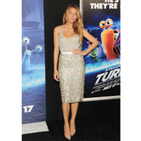 Blake Lively at the premiere of Turbo. Image via http://www.ctvnews.ca/entertainment/red-carpet-wrap-stars-rock-white-hot-looks-1.1361578