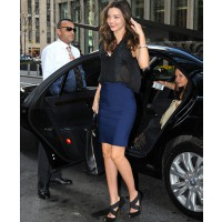 Miranda kerr in NYC http://www.justjared.com/photo-gallery/2640699/miranda-kerr-midtown-building-01/ INF daily, Bauer Griffin online