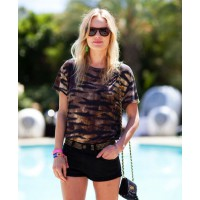 Kate Bosworth http://www.harpersbazaar.com/fashion/fashion-articles/kate-bosworth-coachella-street-style-2012#slide-16 credit: Mr Newton