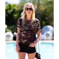 Kate Bosworth http://www.harpersbazaar.com/fashion/fashion-articles/kate-bosworth-coachella-street-style-2012#slide-16 credit: Mr Newton