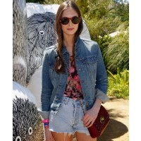 http://en.vogue.fr/fashion/fashion-inspiration/diaporama/the-best-looks-from-coachella/7902/image/520135#laura-love Credit:Eugenie trochu