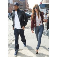 Jay Z and Beyonce source: I am Yardrock http://iamyardrock.com/hospital-denies-report-beyonce-and-jay-z-rented-entire-maternity-floor-for-1-3-million/