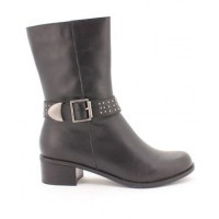 Betts Ride On boot source: Betts online store credit: Betts shoes http://www.betts.com.au/for-her/0621-1686101.html