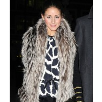 Olivia Polermo source: Posh 24 credit: WENN.com http://www.posh24.com/photo/756913/olivia_palermo_fur_and_giraffe