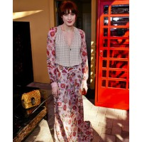 Florence maxi dress http://en.vogue.fr/fashion/fashion-inspiration/diaporama/the-best-looks-from-coachella/7902/image/520135#florence-welch credit: eugenie trochu