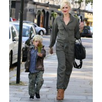 Gwen Stefani keeps it chic in a playsuit, out with family in London. source: zimbio.com credit: Pacific Coast news http://www.zimbio.com/pictures/KUglrfZfi0f/Gwen+Stefani+London+Family/y-WYg9klV-G