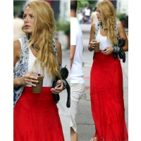 Blake Lively in red high waisted Rag and Bone skirt source: The Fashin Fiend credit: Getty Images http://www.thefashionfiend.com/2011/07/20/blake-livelys-summer-look-on-the-set-of-gossip-girl-season-5/