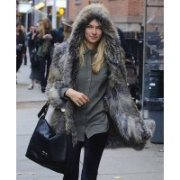 Jess Hart in a fur coat and hood source: style bistro credit: Pacific Coast News http://www.stylebistro.com/lookbook/Jessica+Hart/XKjaeJKl4uh/Outerwear/angle/Kz79hKA1fYq
