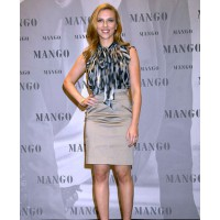 Scarlett Johansson at Mango launch source: Missology credit: Wire Image http://missosology.info/forum/viewtopic.php?f=262&t=4410&start=30
