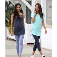 Alessandra Ambrosio and Adriana Lima in leggings source: style bistro credit: Pacific Coast News http://www.stylebistro.com/lookbook/Alessandra+Ambrosio/Leggings