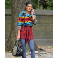 Jessica Szohr in clashing prints source: glamour magazine UK credit: Rex Features http://www.glamourmagazine.co.uk/dos-and-donts/style-and-fashion/2010/10/19/jessica-szohr-on-set-of-gossip-girl