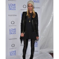 Poppy Delevigne in punky leggings Source: style bistro credit: Henry S. Dziekan III/Getty Images North America http://www.stylebistro.com/lookbook/Poppy+Delevingne/OiW7iPxGlsQ/Leggings