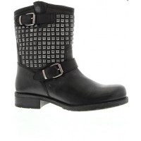 Tony Bianco tremor boot source: Tony Bianco online credit: Tony Bianco http://www.tonybianco.com.au/tremor.html#