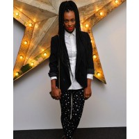 Solange Knowles in star leggings source: style bistro credit: Getty Images Europe http://www.stylebistro.com/lookbook/Solange+Knowles/Leggings