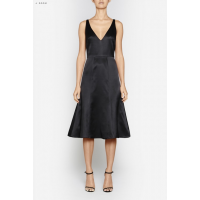 This classic can be formalised with a jacket at the office; add jewellery & heels after hours for a stunning feminine look. Perfect for a dinner date! Neo Classic Dress, Camilla & Marc, $620 http://www.camillaandmarc.com/neo-classic-dress-black.html