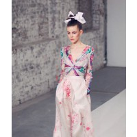 Zimmermann Spring 2013 collection look from MBFWA. Source: Oyster magazine, photo by Ryan Kenny (http://oystermag.com/shoots/zimmermann-mbfwa-review-and-gallery?page=2)