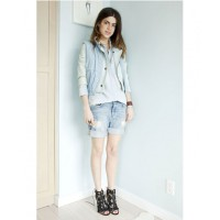 Leandra Medine aka The Man Repeller source: http://www.manrepeller.com/