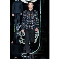Haris is rocking either this Versace number for the end of days... http://www.millionlooks.com/fashion-shows/fall-winter/versace-fall-winter-2012-2013-collection/