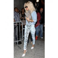 Jeans: Alexander Wang, Botanical Ombre Jeans (AU$395.01) (photo source: http://www.celebritystyleguide.com/i-1-1-12513/celebrities/rihanna/alexander-wang-botanical-ombre-jeans)
