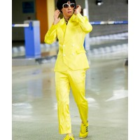 Dude from the Gangnam Style video via: http://www.tumblr.com/tagged/yellow-