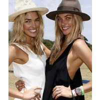 Jess and Ashley Hart at Portsea Polo, source: New.com.au credit: Julie Kiriacoudis http://www.news.com.au/entertainment/celebrity/sisters-jess-and-ashley-hart-experience-trauma-at-polo/story-e6frfmqr-1225984667785