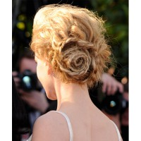 Nicole's amazing updo! Image source: http://uk.lifestyle.yahoo.com/nicole-kidman-rounds-off-a-stylish-cannes-2013-with-a-hat-trick-of-trendy-hairstyles-140353875.html