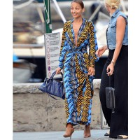 Nicole Ritchie rocking abstract in portofino http://www.dailymail.co.uk/tvshowbiz/article-2366590/Nicole-Richie-goes-make-free-heads-plunging-maxi-dress-family-holiday.html