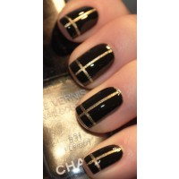 Partial metallics - Chanel black and gold mani. Image source:http://10prettyfingers.wordpress.com/2013/03/06/nail-ideas-black-and-gold-nails/