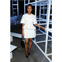 Kerry Washington in a highly structured white ensemble 36 http://www.popsugar.com.au/Front-Row-Celebrities-New-York-Fashion-Week-Fall-2013-31587636?slide=66&image_nid=31654114 Getty Craig Barritt