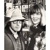 Diane Keaton and Woody Allen in the 1970s. http://vogueaustralia.tumblr.com/post/16080156785/woody-allen-and-diane-keaton-in-1972-get-dianes