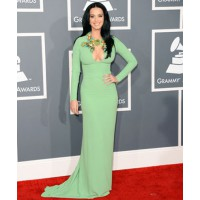 Katy Perry in green by Gucci. But does this colour really suit her? Via hollywoodreporter.com
