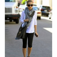 Nicole Richie rocks leather after a gym workout http://duchessfifi.wordpress.com/