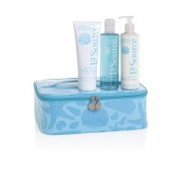 La Source Spa Tote $65 http://www.crabtree-evelyn.com.au/p-1588-la-source-spa-tote-v12.aspx