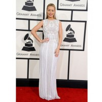 Iggy Azalea in Elle Saab and Jennifer Fisher http://www.huffingtonpost.com/2014/01/26/grammys-red-carpet-2014-photos_n_4628162.html