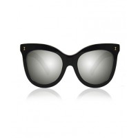 ILLESTEVA Holly Black with Silver Mirrored Lenses http://illesteva.com/shop/holly-black-with-silver-mirrored-lenses/
