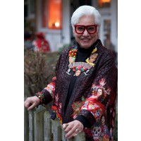 Sue Kietzman, image via advancedstyle.com http://advancedstyle.blogspot.com.au/2013_02_01_archive.html