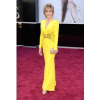 Jane Fonda in BRIGHT yellow Versace looking like a smokin' hot banana (in a good way). Can you believe she's 75?? Love her! Source: http://oscar.go.com/red-carpet/photos/85th/red-carpet/womens-fashion-20