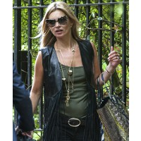Kate rocking her signature boho chic http://lamodellamafia.com/category/kate-moss/page/5