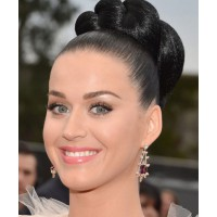 Katy Perry's updo was a standout look on the night. http://hollywoodlife.com/pics/2014-grammy-awards-style-grammys-hair-makeup/#!1/katy-perry-grammy-awards-2014/